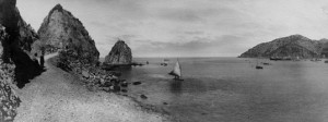 Unknown photographer, Catalina Island, gelatin silver print, c. 1900. Collection of The Society of California Pioneers, gift of Mrs. A. Bielke.